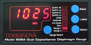 Dual diaphragm gauge controller in Torr, mBar or Pascal reading