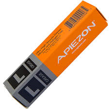 Apiezon L grease, melting temp. 47 C., vapor pressure 8.10-11 mBar, 25 gram