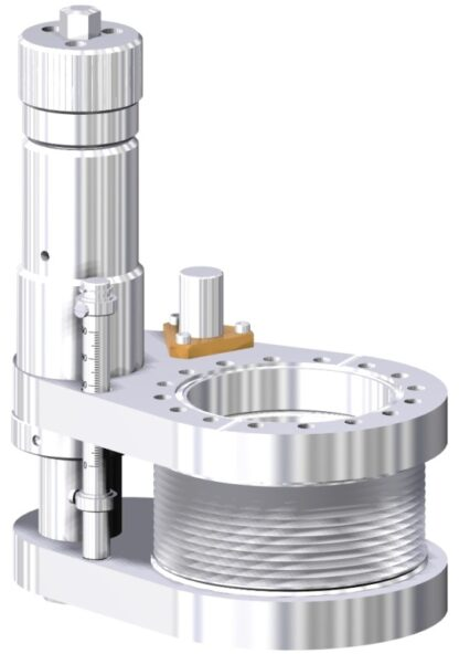 Linear feedthrough with DN40CF tapped flanges. Manual operated with travel: 100mm