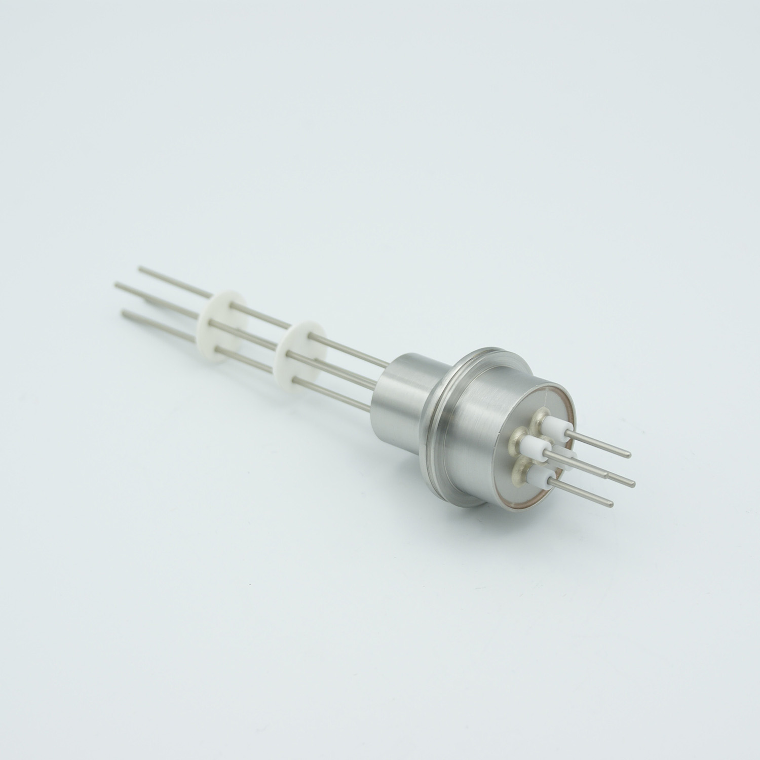 6 pin feedthrough 2000Volt / 10 Amp. Alumel conductor, weld fitting