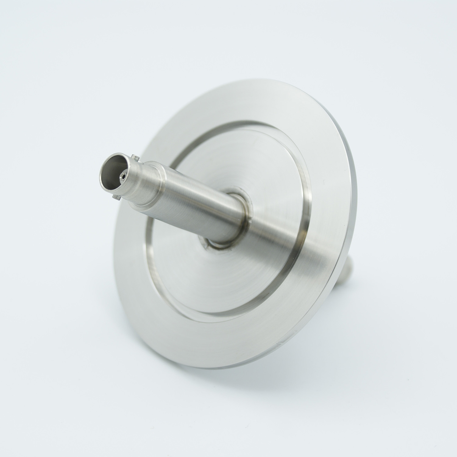 Grounded shield, double ended BNC feedthrough 500V 3 Amp, air side connector included, DN25KF flange