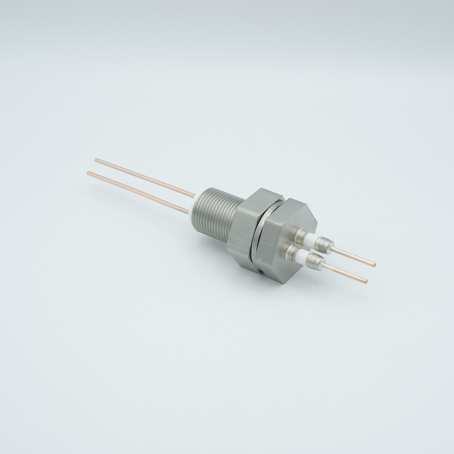 2 pins feedthrough 2000Volt / 15 Amp. Nickel conductor, base plate fitting
