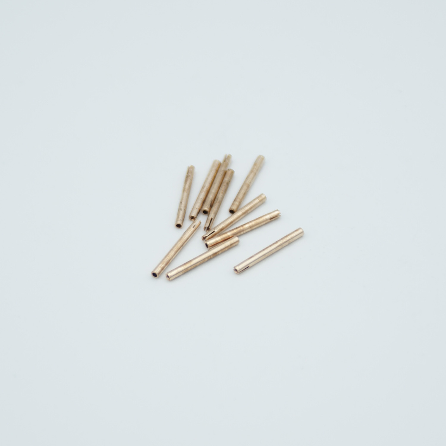 Power crimp type connectors for pin size 0,032
