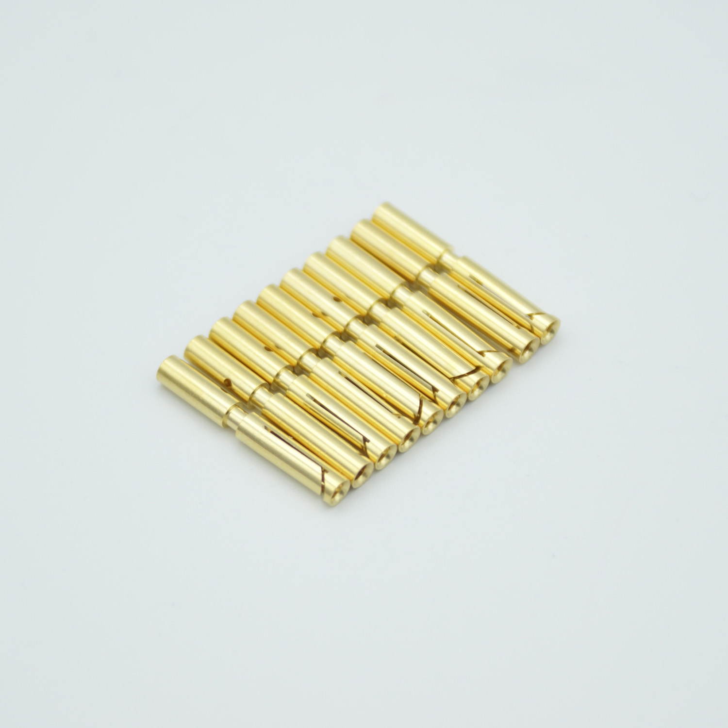Power crimp type connectors for pin size 0,056