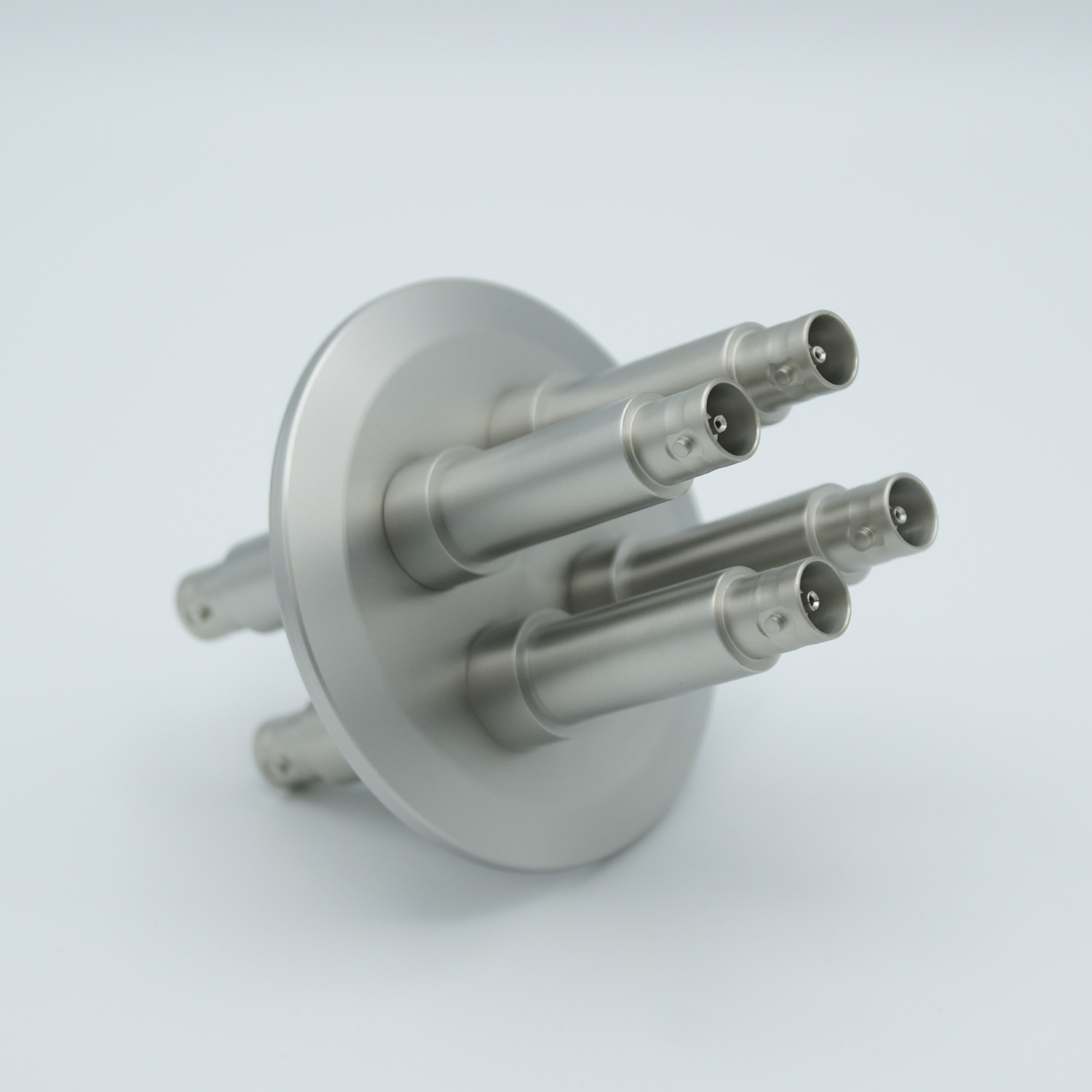4 of grounded shield, double ended BNC feedthrough 500V / 3 Amp, air side connector included, DN50KF flange