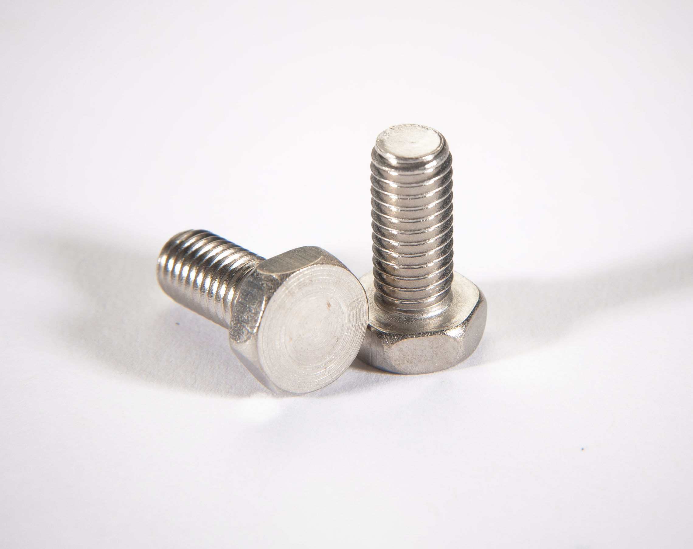Metric non-vented hex head screw DIN933, WS2 coated, M8 x 60mm
