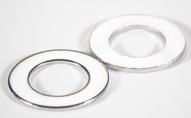 Metric non-vented flat washer Silver plated, M12 (24.0 x 13.0 x 2.5mm)